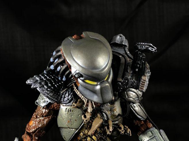 neca-sdcc-batman-predator - 26