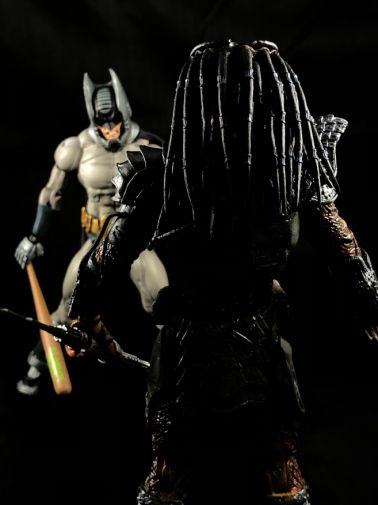 neca-sdcc-batman-predator - 9