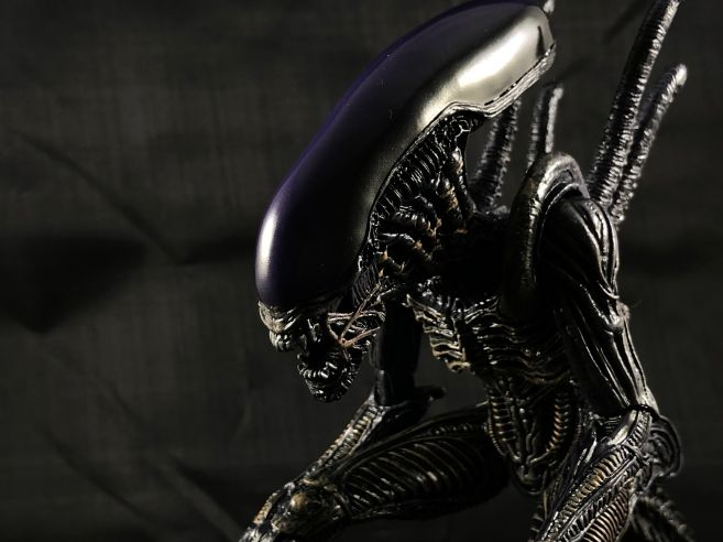 neca-sdcc-superman-aliens - 19