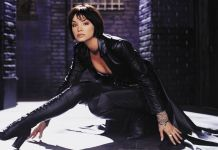 Ashley Scott - Birds of Prey - Featured - 01