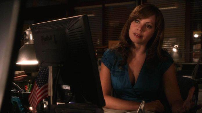 Erica Durance - Smallville - 01
