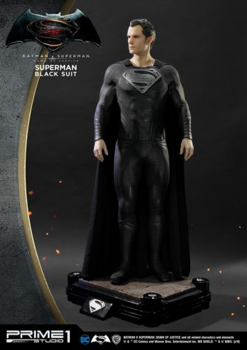 Prime 1 Studio - Superman - Black Suit Superman - 08
