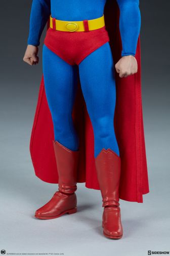 Sideshow - Superman - Sixth Scale Figure - 10