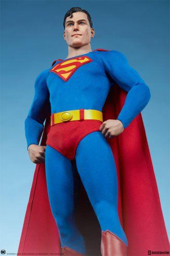 Sideshow - Superman - Sixth Scale Figure - 11