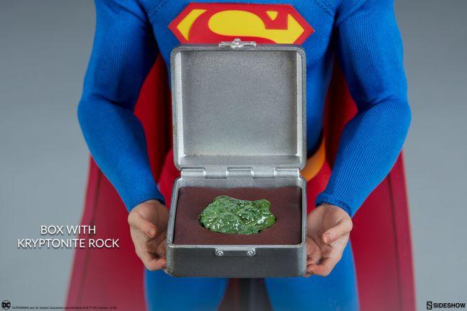 Sideshow - Superman - Sixth Scale Figure - 15