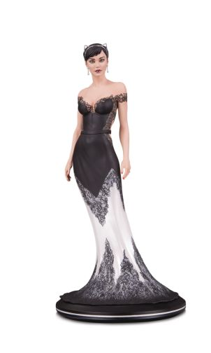 DC Collectibles - June 2020 - DC Cover Girls - Catwoman - Wedding Dress - 01