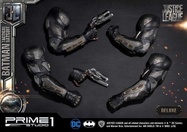 Prime 1 Studio - Justice League - Batman Tactical Batsuit - 10