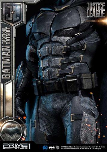 Prime 1 Studio - Justice League - Batman Tactical Batsuit - 15