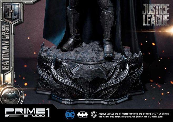 Prime 1 Studio - Justice League - Batman Tactical Batsuit - 46