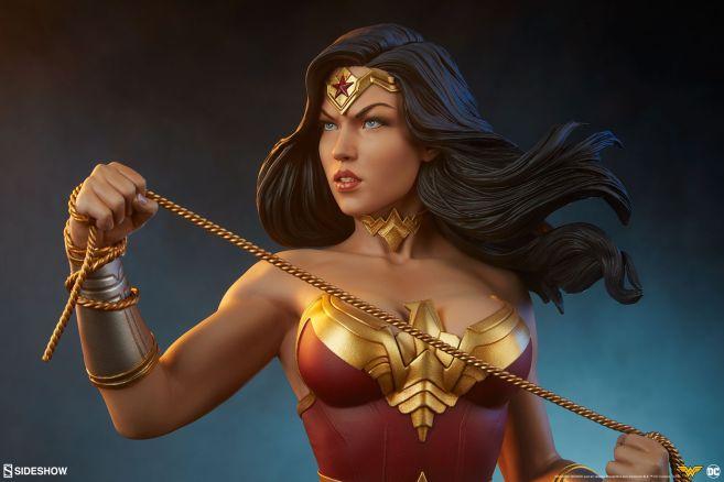 Sideshow - Wonder Woman - Wonder Woman Bust - 02