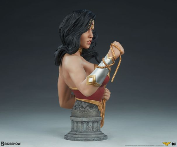 Sideshow - Wonder Woman - Wonder Woman Bust - 11