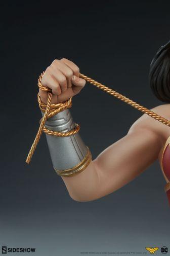 Sideshow - Wonder Woman - Wonder Woman Bust - 15