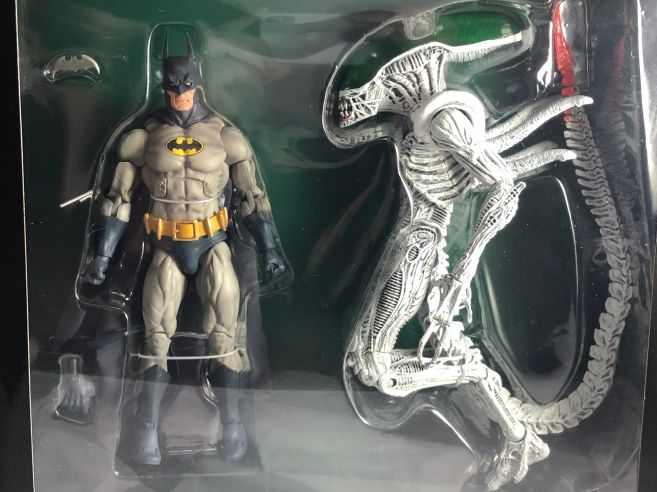 neca-nycc-2019-batman-green-lantern-alien-predator-3