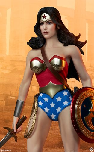 Sideshow - Wonder Woman - Sixth Scale Figure - 13