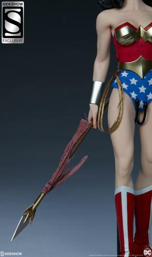 Sideshow - Wonder Woman - Sixth Scale Figure - 15