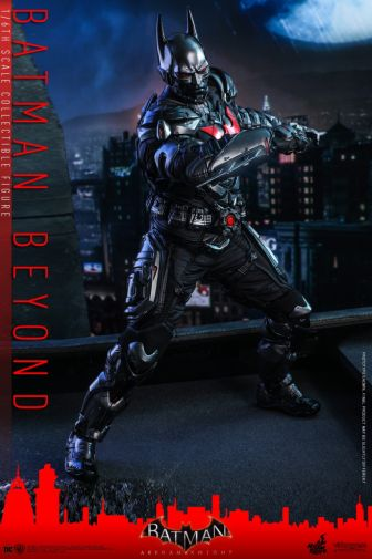 Hot Toys - Arkham Knight - Batman Beyond - 01