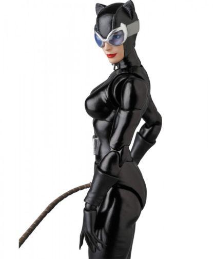 Medicom - MAFEX - Catwoman - 09