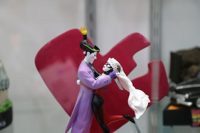 Factory Entertainment - Toy Fair 2020 - Joker and Harley cake topper - 02
