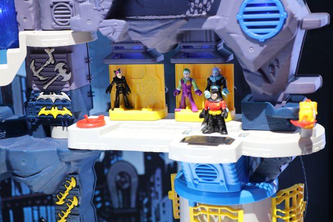 Mattel - Toy Fair 2020 - Imaginext - Batcave - 05