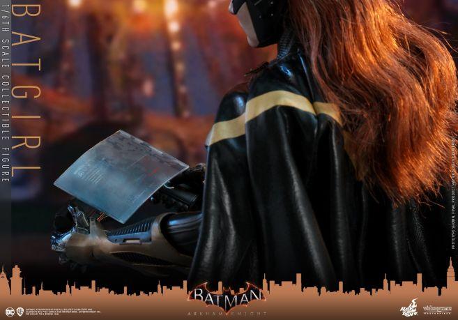Hot Toys - Arkham Knight - Batgirl - 15