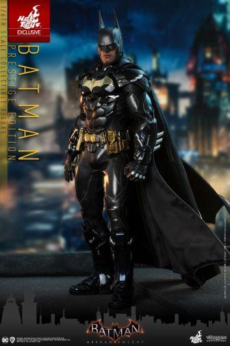 Hot Toys - Arkham Knight - Batman Prestige Edition - 01