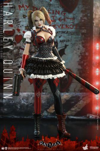 Hot Toys - Arkham Knight - Harley Quinn - 13