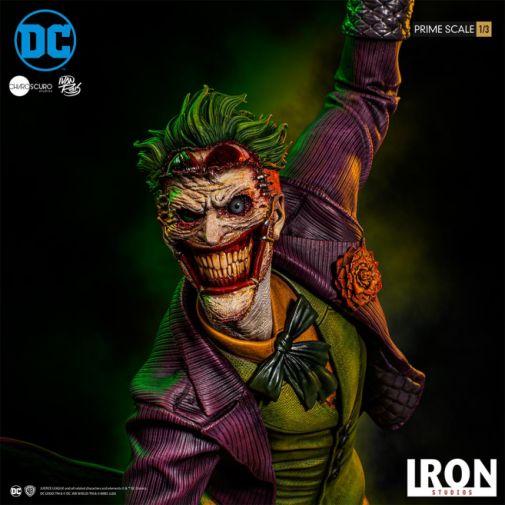 Iron Studios - The Joker - 1-3 Scale - 03