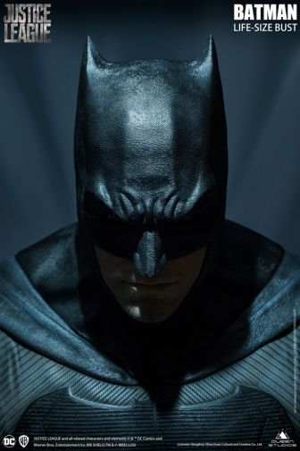 Queen Studios - Justice League - Batman - Life-Size Bust - 03