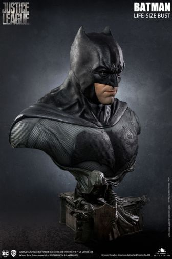 Queen Studios - Justice League - Batman - Life-Size Bust - 17