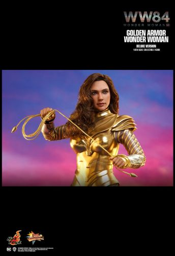 Hot Toys - Wonder Woman 1984 - Golden Armor - 09