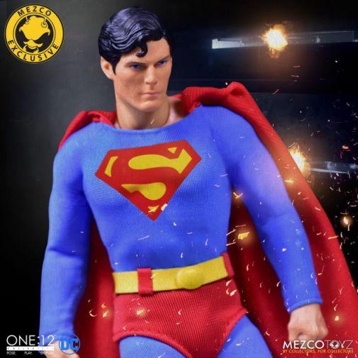 Mezco Toyz - Superman - Christopher Reeve - 08