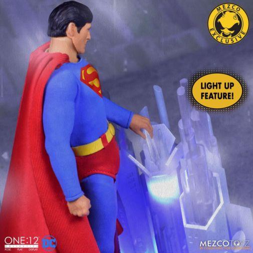 Mezco Toyz - Superman - Christopher Reeve - 11