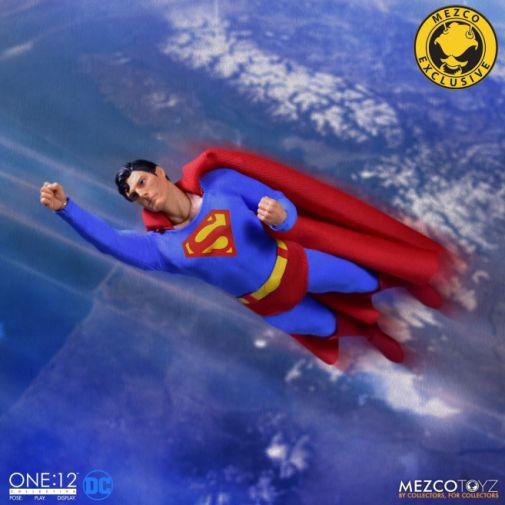Mezco Toyz - Superman - Christopher Reeve - 14