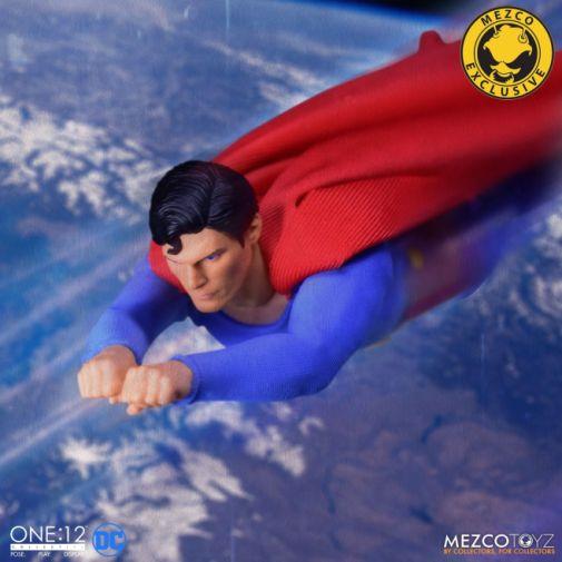 Mezco Toyz - Superman - Christopher Reeve - 15