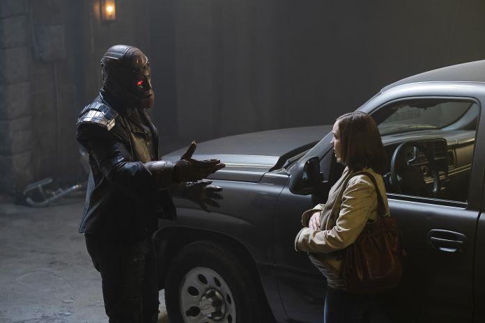 Doom Patrol 2x08 - Cliff Steele/Robotman & Clara