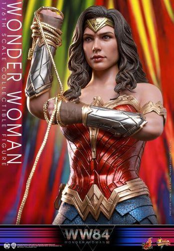 Hot Toys - Wonder Woman 1984 - 10
