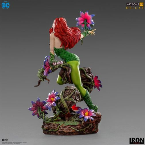Iron Studios - Poison Ivy - Art Scale - 05
