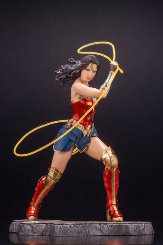 Kotobukiya - Wonder Woman 1984 - ARTFX - 02