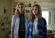 Amy Smart and Brec Bassinger as Barbara and Courtney Whitmore/Stargirl