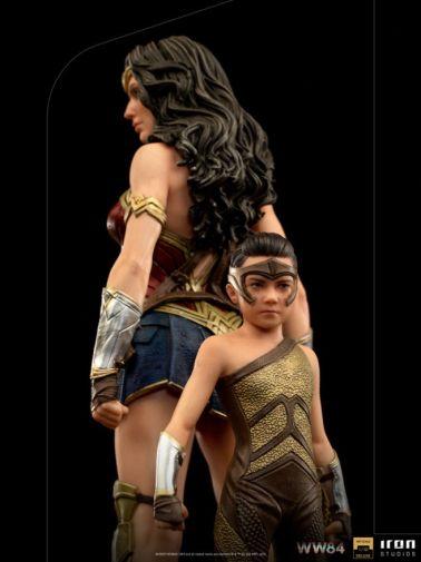 Iron Studios - DC Comics - Wonder Woman 1984 - Evolution of Wonder Woman - 10