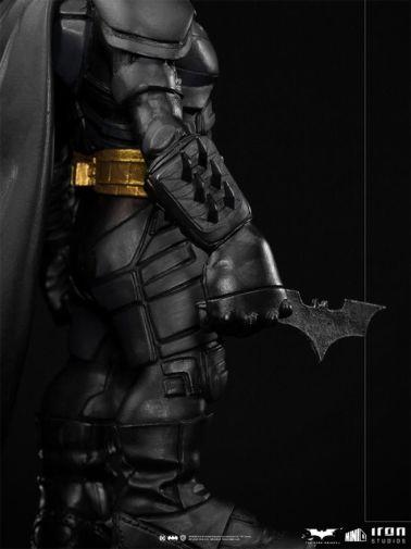 Iron Studios - Minico - The Dark Knight - Batman - 11