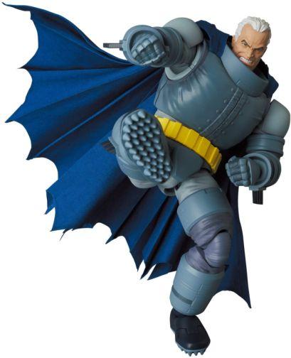 Medicom - MAFEX - The Dark Knight - Armored Batman - 06