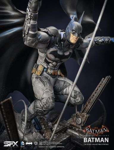 Silver Fox Collectibles - Batman - Arkham Knight Batman - 11
