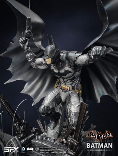 Silver Fox Collectibles - Batman - Arkham Knight Batman - 12