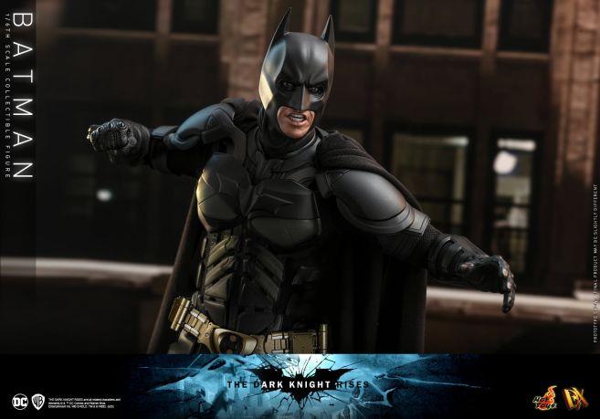 Hot Toys - The Dark Knight Rises - Batman - 21
