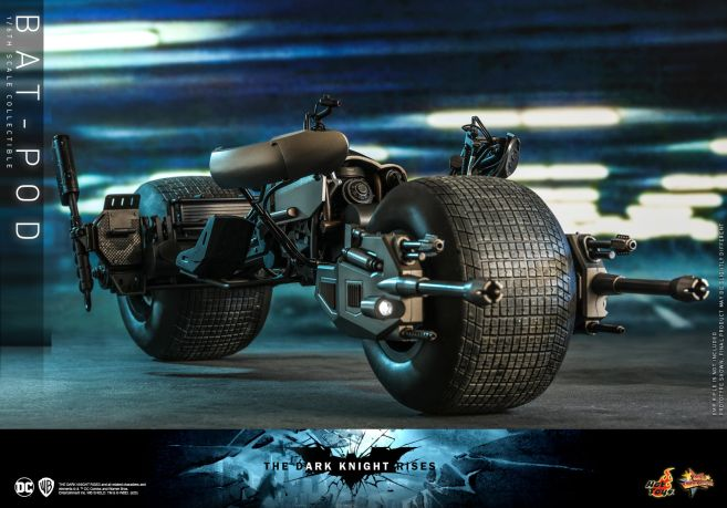 Hot Toys - The Dark Knight Rises - Batpod - 04