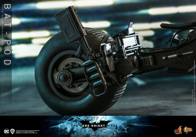 Hot Toys - The Dark Knight Rises - Batpod - 12
