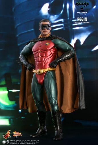 Hot Toys - Batman Forever - Robin - 07