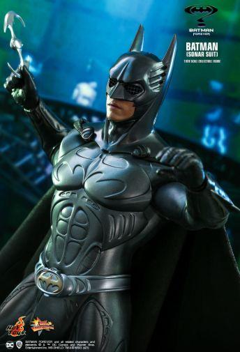 Hot Toys - Batman Forever - Sonar Suit Batman - 08