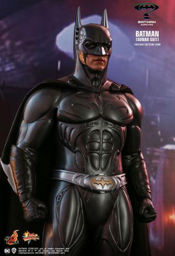 Hot Toys - Batman Forever - Sonar Suit Batman - 11